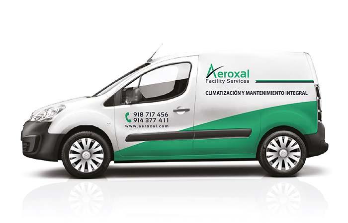 rotulación de furgón para empresa Aeroxal en Madrid